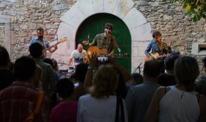 En Casa del Herrero presents 'Tradicción' live